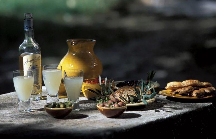 La Liquoristerie de Provence sublime les plantes de notre région 2