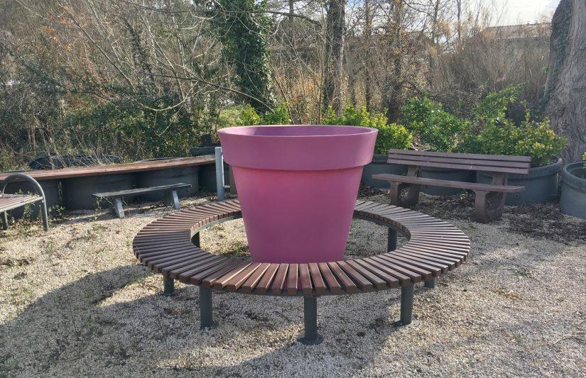 Recycler le plastique dans du mobilier urbain 4