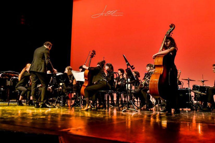 Des concerts caritatifs par des chanteurs lyriques bénévoles