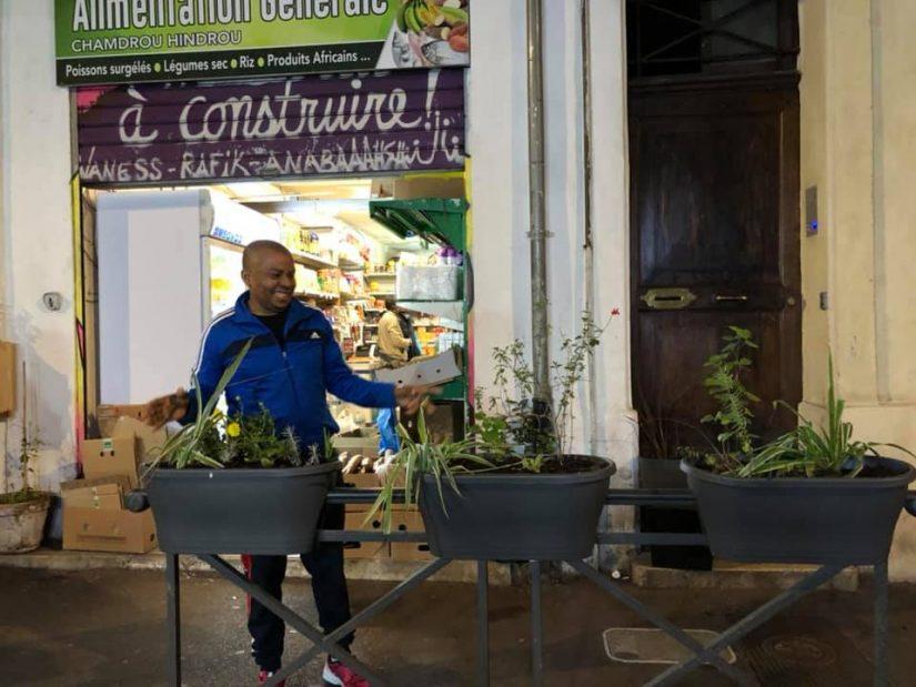 Avec les jardiniers urbains, le bitume se met au vert 3