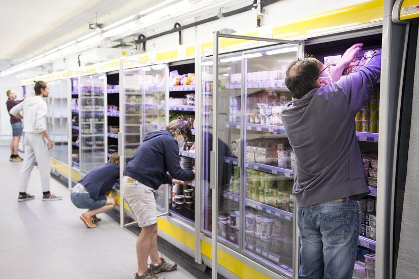 Superquinquin à Lille : l'épicerie où le client est à la fois acheteur et vendeur 3