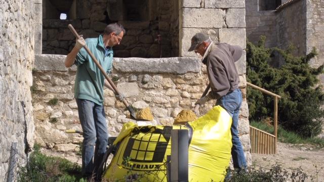 La forteresse d'Oppède-le-Vieux sous la bonne garde d'amoureux du patrimoine 3
