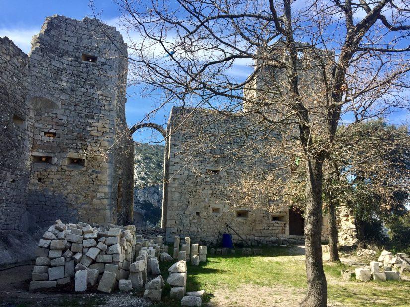 La forteresse d'Oppède-le-Vieux sous la bonne garde d'amoureux du patrimoine 6